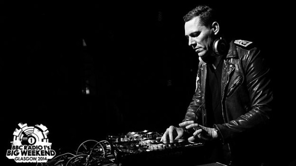 Tiesto 2014-05-23 BBC Radio1 Big Weekend (Glasgow, UK) (8)