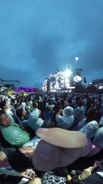 tiesto-ultra-japan-day3-theta-3
