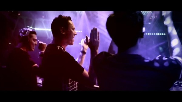 John Martin - Anywhere For You (Tiesto vs. Dzeko & Torres Remix) (WEB) [2014] (4)