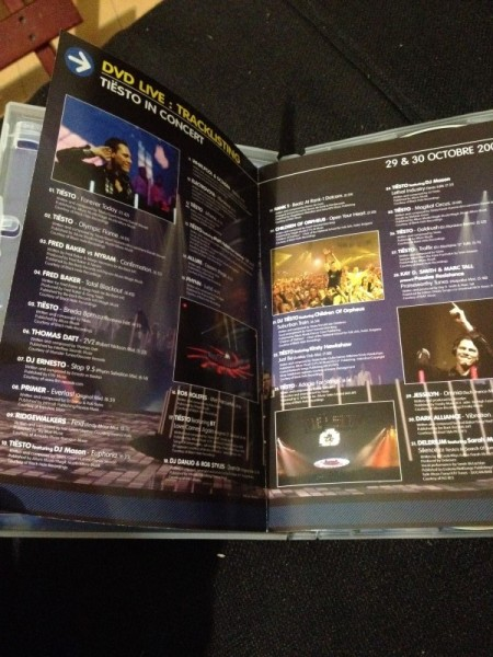 Tiesto - Live & Studio (Independance Records) (DVD) 2004 (6)