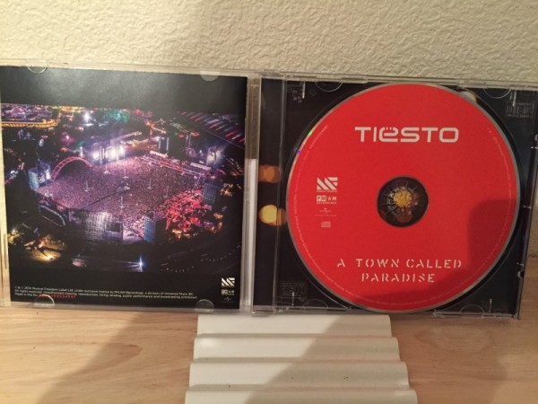 Tiesto - A Town Called Paradise (PMAM Recordings) 2014 (2)